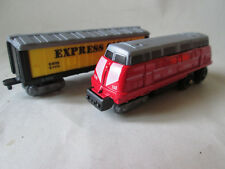 "3 1/2"" Red Sun DK Express #168 Train Engine w/ Cargo Express C-1010 Box Car"