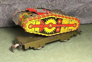 VTG Marx | O Gauge | Tin Army Supply Train Flat Car | W/ Wind Up Tank | 4-Wheel