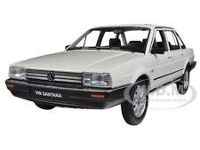 VOLKSWAGEN SANTANA CREAM 1/24 DIECAST CAR MODEL BY WELLY 24036