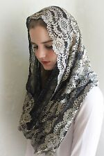 EVINTAGE Embroidered Lace Metallic Gold and Black Lace Chapel Veil Mantilla