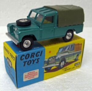 "Land Rover 109"" WB Corgi 438 England MB"