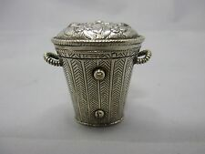 wunderschöner Pomander / Riechdose aus Silber Deutschland 18th Jahrhundert