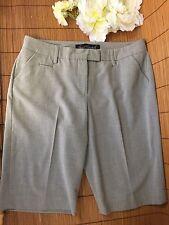 44c18140325 GLORIA VANDERBILT Women s Casual Dress Shorts Size 8 Khaki Tan Light Elastic