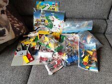 Sie bieten hier auf ein paar Lego Bausätzen, Legosteine, Zubehör. Ca. 2 Kilo.