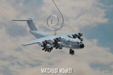 Airbus 400M Militar Transporte a Medida Navidad Ornamento Avión Adorno 1:400