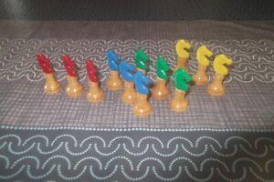 jeu jouet petits  chevaux