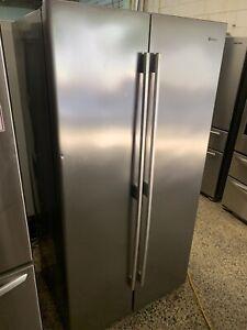 Westinghouse 600 Litre Side by Side Fridge Freezer (6mth warranty)