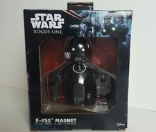 Star Wars Rogue One K-2SO Droid Magnet Kay Tuesso BRAND NEW FACTORY SEALED D2