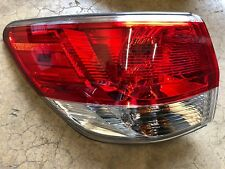 NEW OEM NISSAN PATHFINDER 2013-2016 DRIVERS SIDE TAIL LIGHT ASSEMBLY - ON BODY