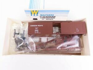 HO Scale Walthers Kit 932-2270 CP Canadian Pacific 40' Box Car #230101