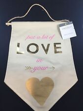 Love in Your Heart Valentines Day Gift Decor Threshold Wall Decor Banner Wedding