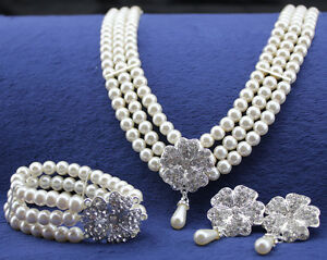 Luxury Bridal Queen Floral White Pearls Necklace Earrings Bracelet Jewelry Set