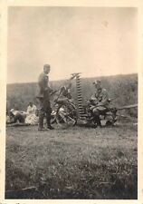 Soldaten Erntemaschine an der Elbe bei Bad Schandau