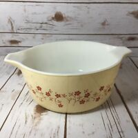 Pyrex Trailing Flowers Pennsylvania Dutch Round 475 2.5 QT Bake n Carry