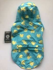 "Genuine Canada Pooch Pick Me Poncho Raincoat  Size 16/medium 16"",   40 CM"