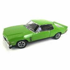 Classic Carlectables 18664 1:18 Holden HJ Car Toy