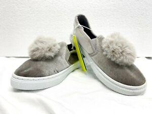 Capelli New York Kids Silver/Gray Velour Pom Pom Slip On Shoes Girls Sz 1 New