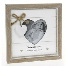 Memories Live in Our Hearts Forever Shabby Chic Wooden Photo Frame Pr46216