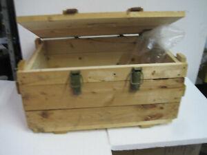 Weinkiste Holzkiste  Truhe Bank Tisch Stuhl Möbel Shabby-Chick Vintage  Deko