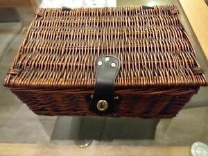 Small Wicker Hamper/ Basket