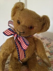 Antique American  Bear From 1930,sWood-wool Filled. 10 Inches Tall.