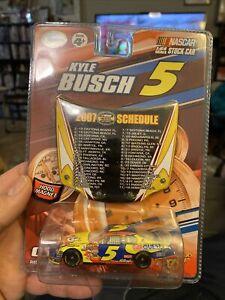 Winner's Circle Kyle Busch 2007 Hood Magnet Schedule 1:64 Die Cast #5 Car Quest