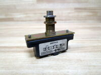 Square D 9007-AO2 Limit Switch 9007-A02 W/Plunger
