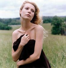 Gwyneth Paltrow Unsigned 8x10 Photo (23)