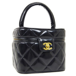 CHANEL Heart Mirror Cosmetic Vanity Hand Bag Purse Black Patent 3350112 34089