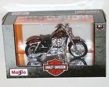 Maisto - Harley Davidson 2012 XL 1200V SEVENTY-TWO (Red) Model Scale 1:18