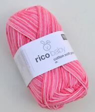 Kits, hilos y telas de punto de cruz de color principal rosa