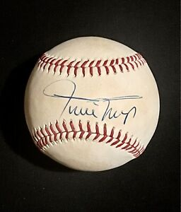 Willie Mays Signed Official National League Baseball ONLB Autographed JSA LOA