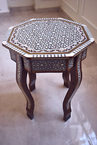 Egyptian Handmade Mother Of Pearl Inlaid Table Beech Wood End Table Wooden 16 in