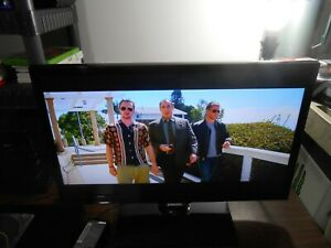 """Samsung UN22F5000AF 21.5"""" 1080P Widescreen LED TV with Remote"""