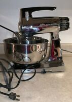 Vintage Sunbeam Mixmaster Chrome & Black 12 Speed Mixer 1 Beater WORKS. 2 Bowls