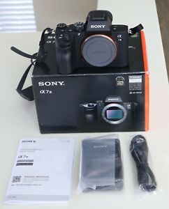 Sony Alpha a7 III Camera Body ILCE7M3/B - MINT Condition! 3212 Shutter Count