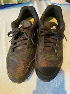 Nike Internationalist Gr. 40 schwarz
