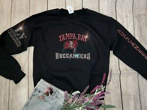 New L Unisex Tampa Bay Buccaneers Superbowl Champions Crewneck Sweatshirt