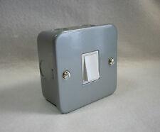 10Amp 1 Gang metallo placcati INTERRUTTORE-singolo in metallo placcati switch con superficie BOX