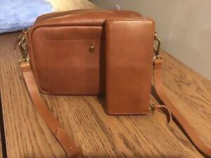 Madewell Large Transport Camera Handbag and Wallet in English Saddle EUC
