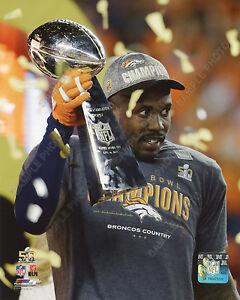 Von Miller Lombardi Trophy Denver Broncos 2016 Super Bowl Champions 8x10 Photo