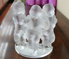 LALIQUE SATIN CRYSTAL FIGURIN LUXEMBOURG 3 CHERUB CHILDREN HOLDING WREATH SIGNED