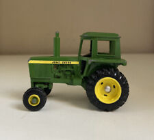 Vintage Ertl Farm Machinery of the World John Deere Farm Toy Tractor 1/64th