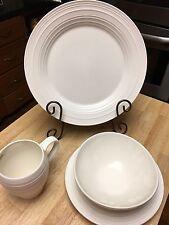 Mikasa Swirl White 4 Piece Dinnerware Set