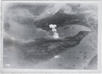 Riesenbrände, U-Boothafen, La Valletta, Malta, Orig.-Pressephoto, von 1942