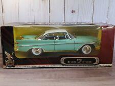 Road Signature 1961 DeSoto Adventurer 1:18 Scale Diecast Model Car Mint Green