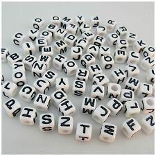100PCS 7MM WHITE/BLACK Mixed A - Z Alphabet Letter Acrylic Cube BEADS