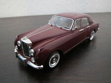 PMA/Minichamps Bentley Continental S1 Flying Spur, rot, 1:43, unbespielt, TOP !