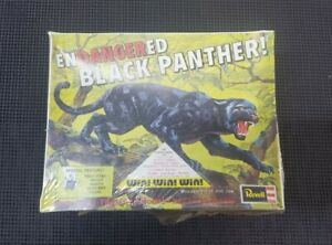 Revell Germany Black Panther Endangered Animals Model Kit Complete1991 Very Rare