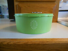 """Vintage """"Tupperware"""" Apple Lime Green Servalier Canister-#1204-4-Great Condition"""